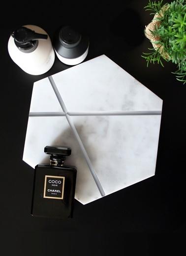 Silver X Altıgen Sunum Tabağı-Marble&Etc.
